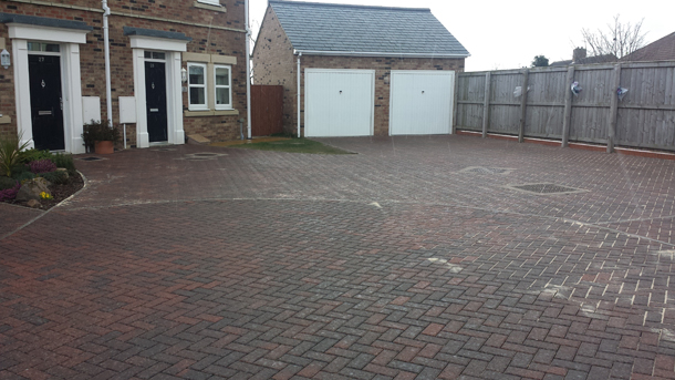 Driveway and Paths Cleaning Services